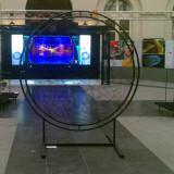 Vue d'ensemble de l'exposition du CERN à Bruxelles en 2014