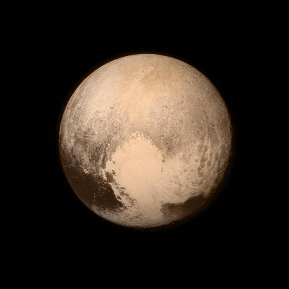 Pluton photographié par la sonde New Horizons