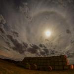 july-blue-moon-22-degree-halo-spain